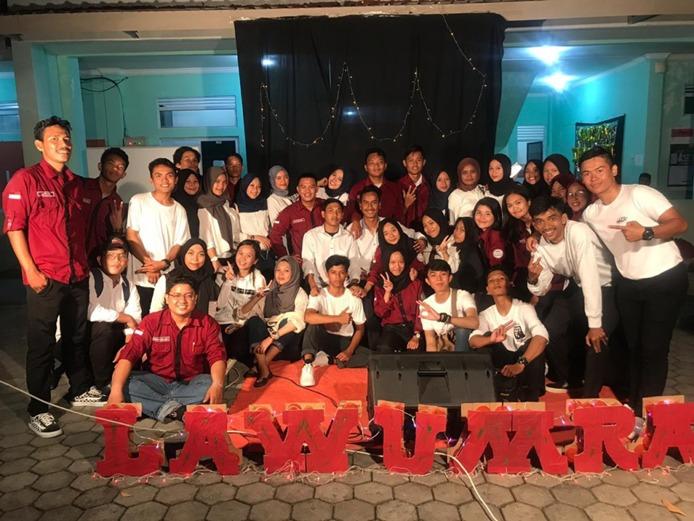 Foto bersama panitia malam Inagurasi Hukum 2019